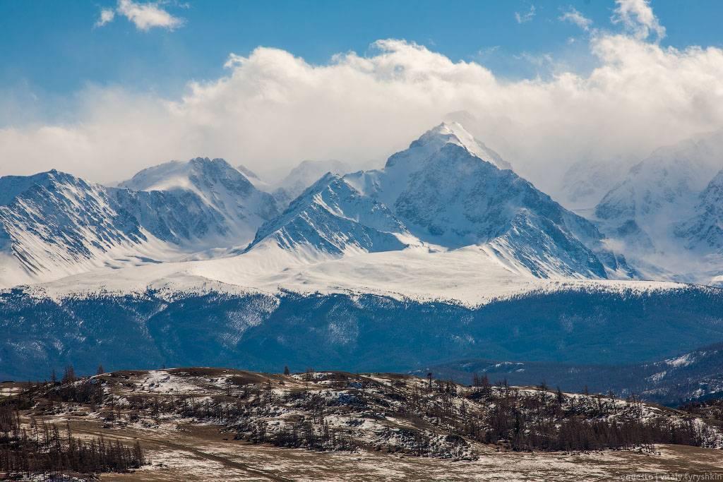 Красивый вид на горы.jpg